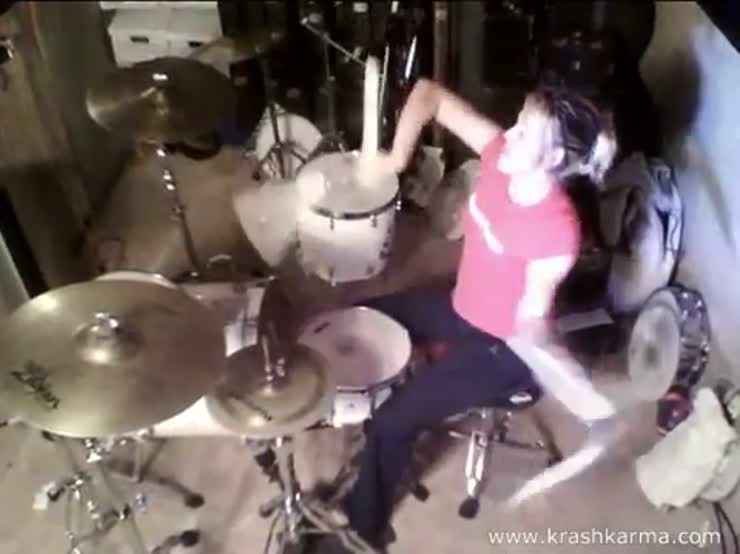 A chick drumming-with nunchucks